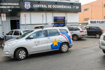 Policia registra 2 assassinatos; corpos s�o achados na periferia
